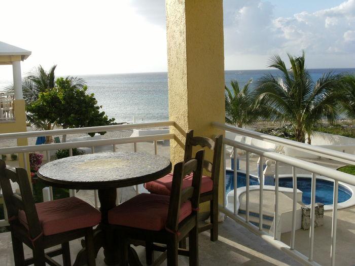 View Beachfront Paradise Condo  Great