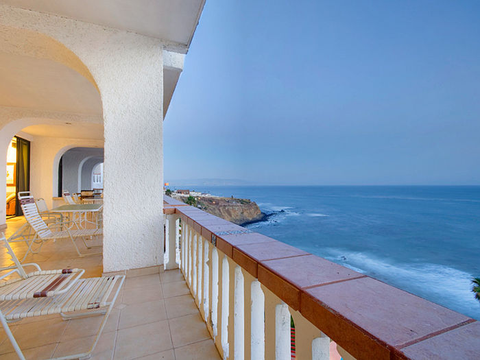 View Breath Taking Oceanfront Penthouse