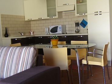 View Charming and Fully Equipped Apartment