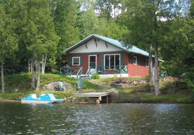 View CozyCottage Baleyse Lakefront Getaway