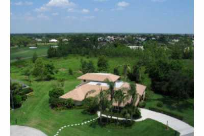 View Estate Pool Home in PGA National