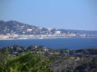 View Sea and Mountain Views Villa
