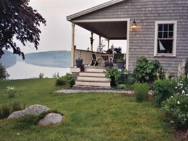 View Elegant Seaside Retreat on 10