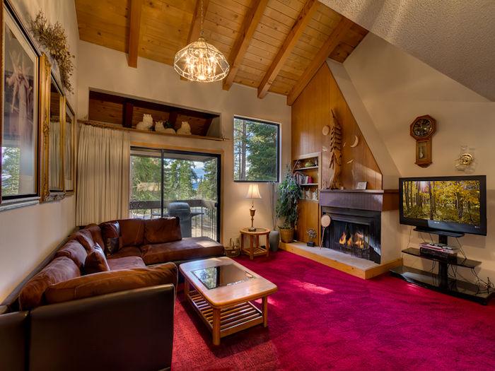 View North Lake Tahoe Rental  24