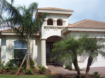 View NAPLES FL GREAT GOLF 4BR SINGLE