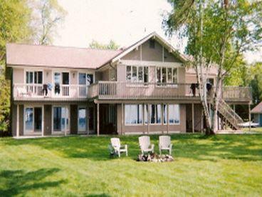 View Elk Lake Estate