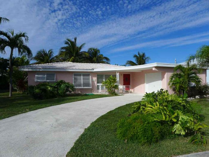 View Charming Home in Key Colony Beach