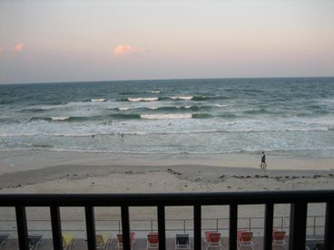 View Direct Oceanfront with Large Private