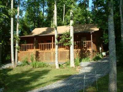 View Grannys Cabin