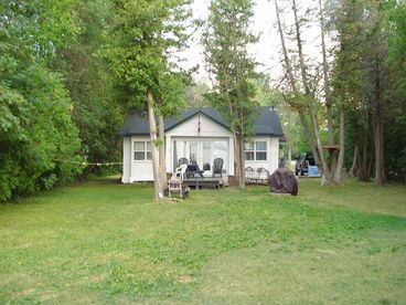 View LAKE SIMCOE  Virginia Cedars Cottage