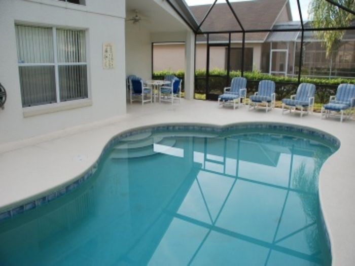View 4 Bed 3 Bath Pool Home 5 Miles
