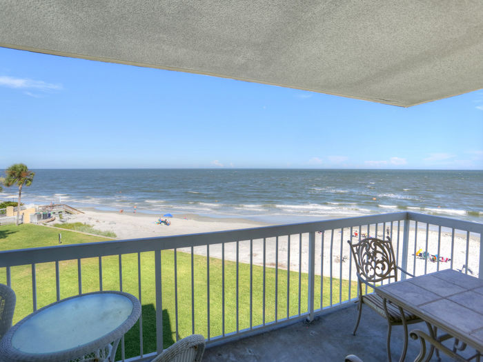 View King and Prince OCEANFRONT Villa