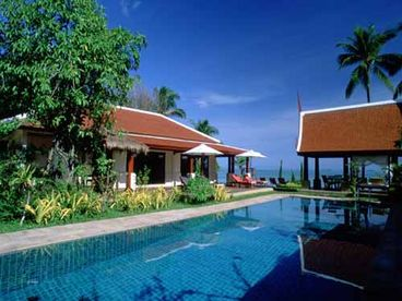 View 5 Bedroom Luxury Beachfront Villa