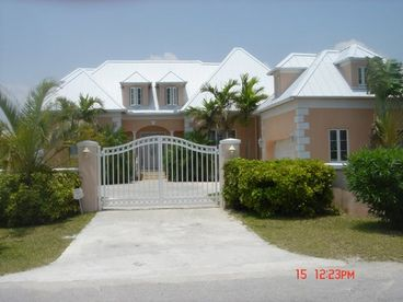 View Grand Bahama Island Luxury Waterfront