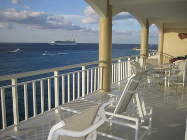 View Luxury Cozumel Oceanfront Condo