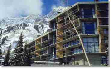 View Cheap Iron Blosam Lodge Timeshare