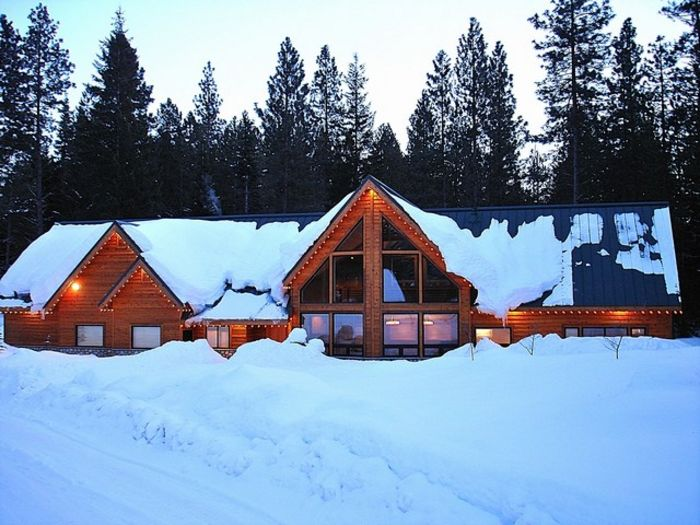 View Cozy Lane Lodge  Lake Cle Elum