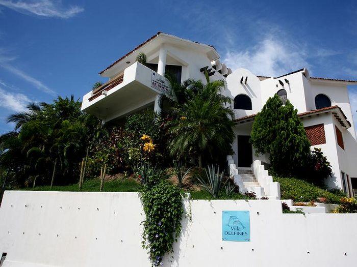 View Villa Delfinas