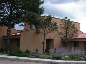 View Aspen Run Condominiums