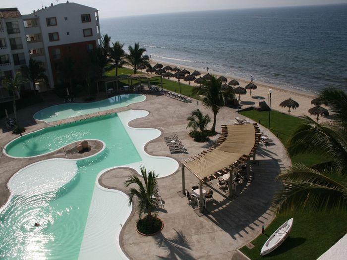 View Del Boca Vista Beachfront Penthouse