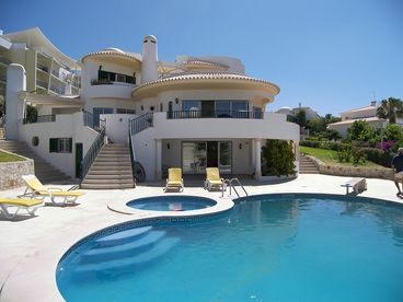 View Villa in Albufeira Central Algarve