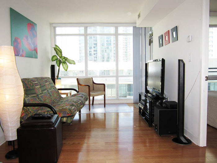 View Toronto Downtown Vacation Rental