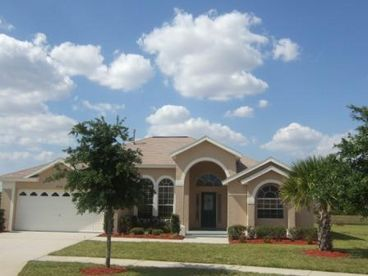 View Summerlake Waterfront 6 bed 3 bath