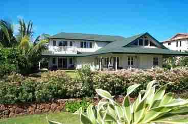 View Maluhia ma ka HonuaHuge Three
