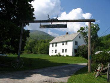 View Charming Farmhouse at the Mountain