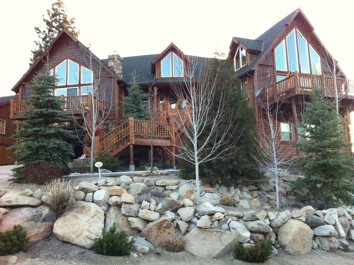 View  Get 30 OFF Mighty Bear Manor