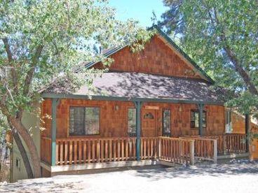 View Tranquil Moonridge Luxury Cabin