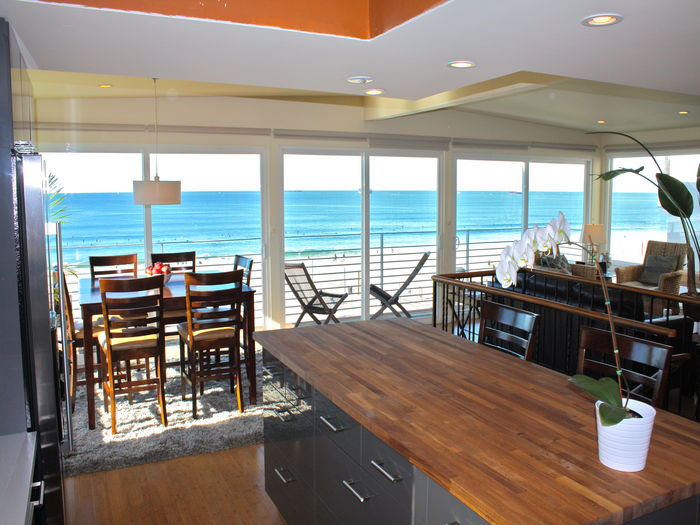View Wonderful Oceanfront Beach Retreat