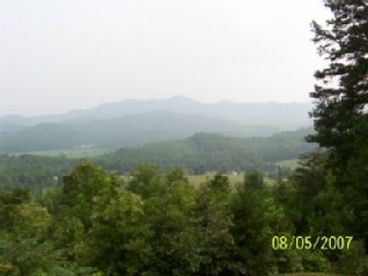 View Smoky Mountains Cabin  Great Views