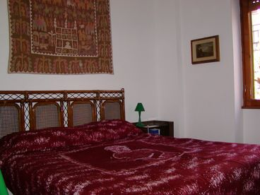 View Small flat ideal to visit Rome