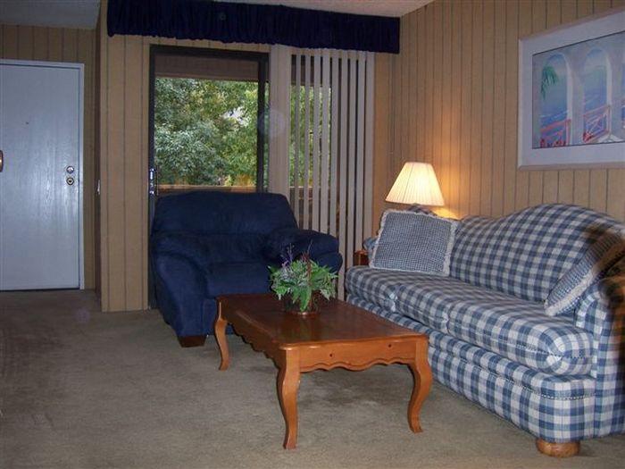 View Palm Springs Villas 2 Condo