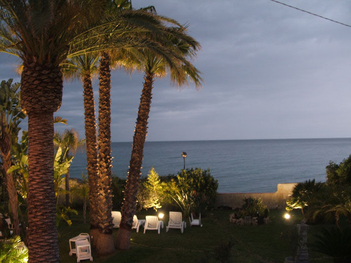 View VACATION RENTALS APARTMENTS IN