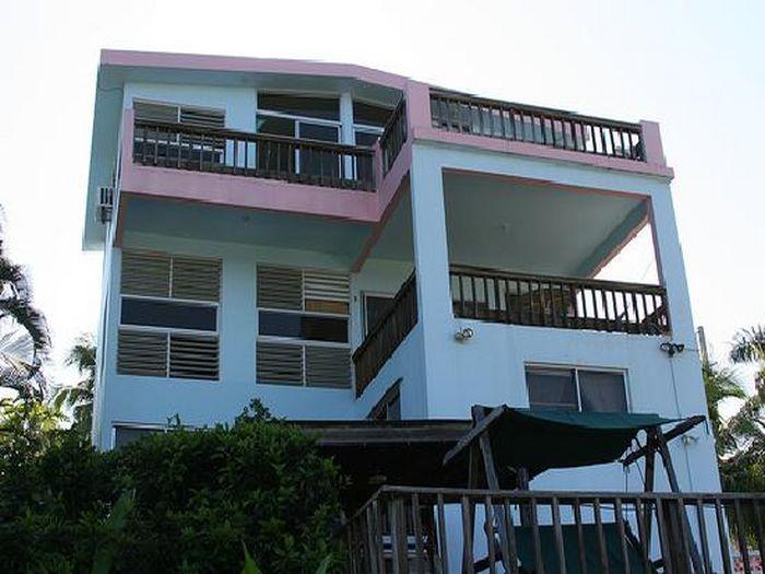 View Desecheo Inn  Shark Room