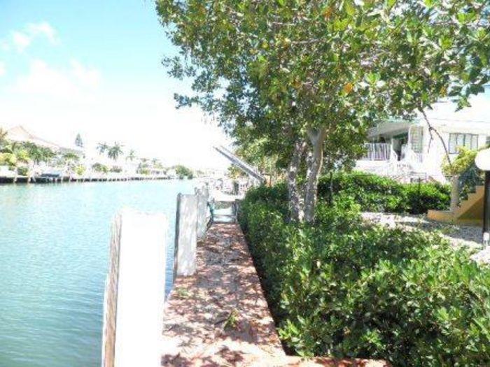 View Key Colony Beach Charmer