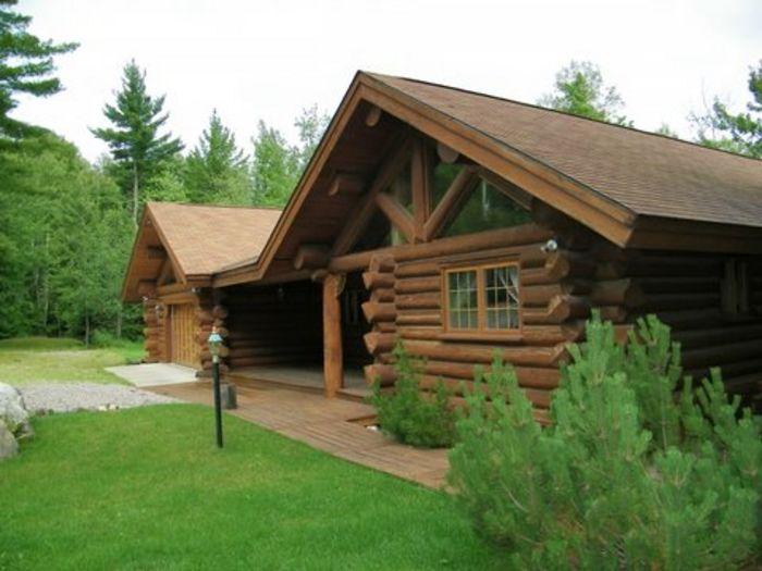 View Maple Leaf Lodge