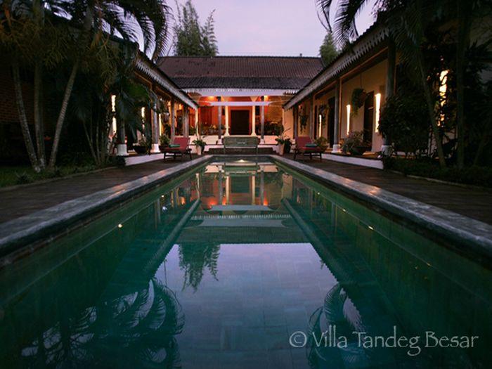 View Villa Tandeg Besar