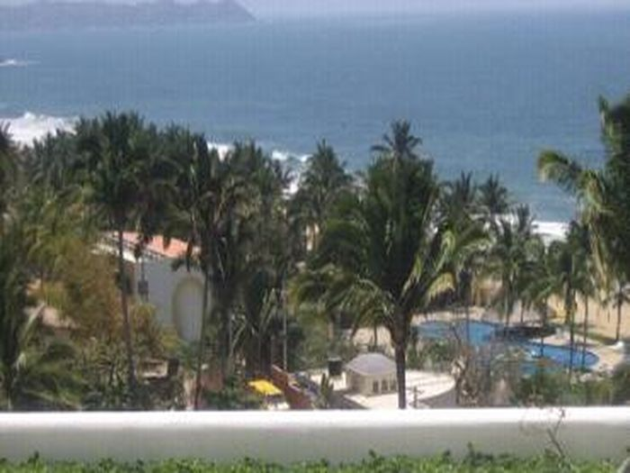 View Casa Blanca  Beautiful Beachfront