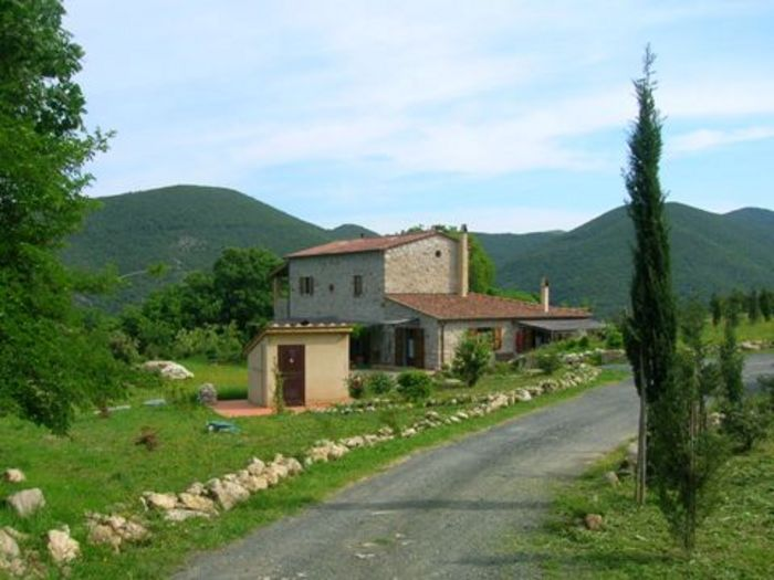View Farmhouse Ligoracce