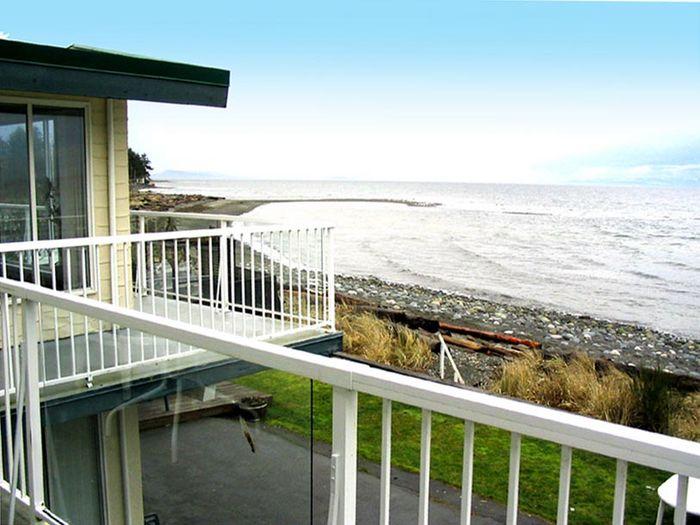 View Qualicum Beach House  Villas