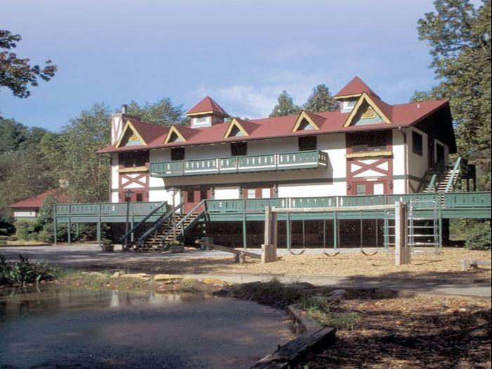 View Alpine Crest Resort