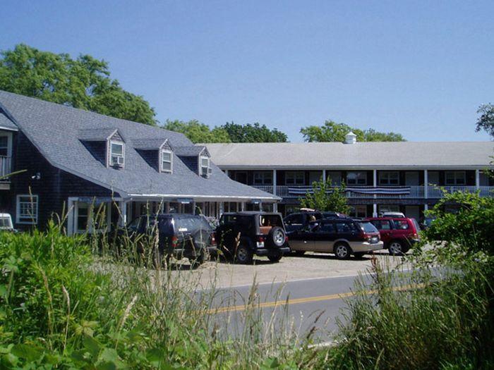 View Island Manor Resort