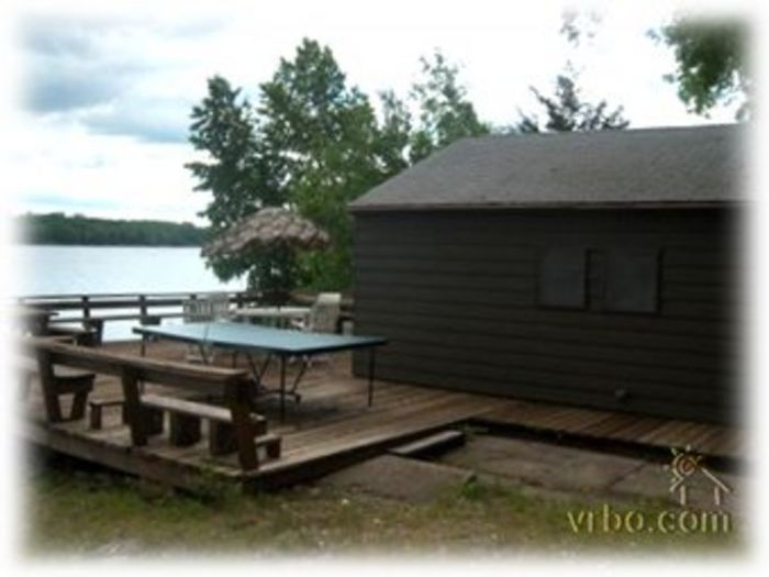 View Charming 2Bedroom Lake Cabin