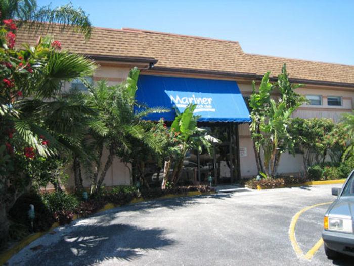 View Mariner Beach Club