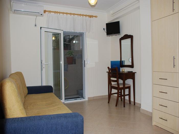 View Plaka Superior Condominium