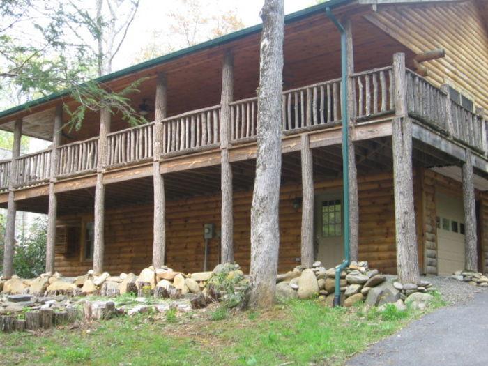 View D Js Cabin
