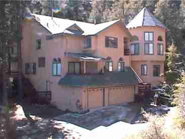 View Pine Mountain Mansion Executive
